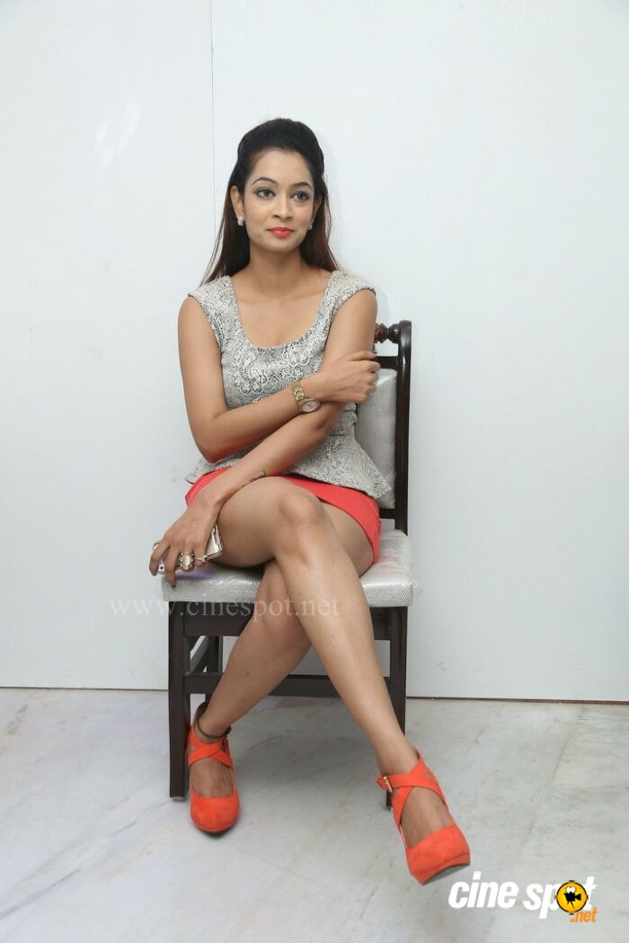 Rashmi Hyderabad Model Stills (10)