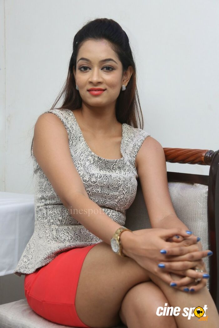 Rashmi Hyderabad Model Stills (33)