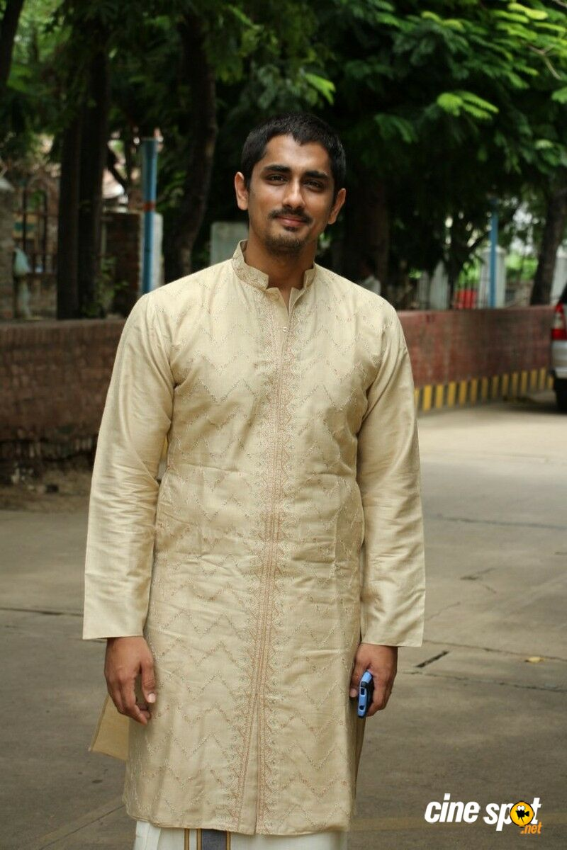 Siddharth at Kaaviya Thalaivan Press Meet (6)