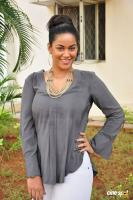 Mumaith Khan at Thikka Motion Poster Launch (7)
