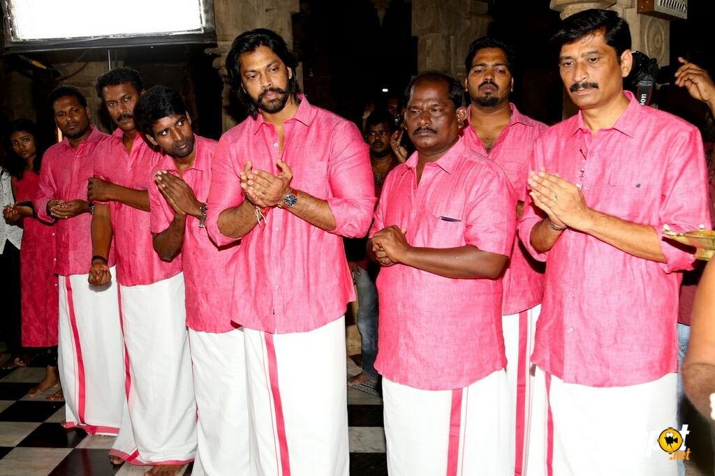 Kombu Vatcha Singamda Movie Pooja (14)