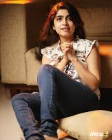 Actress Manasa Radhakrishnan Photos (3)