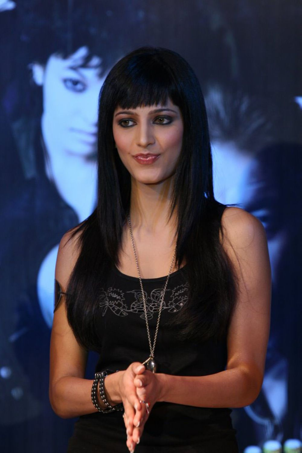 10 celebrity front bang hairstyles