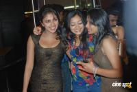 Vettai Premiere Show Photos